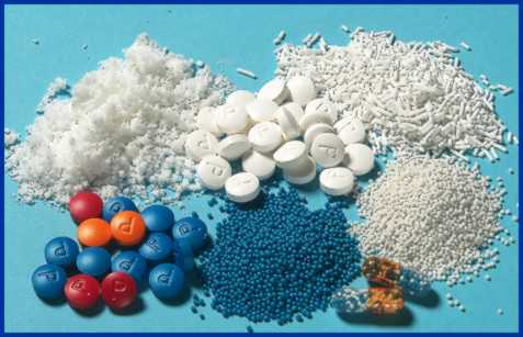 Pictures showing spheres, extrudate, powder, tablets and capsules